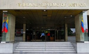 Venezuela's Supreme Court Orders Compensation Payment in National Cryptocurrency