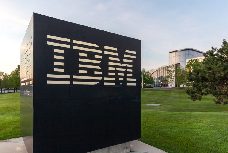 IBM Brings the Ridiculous 'Blockchain Hype' Back Like Its 2016 All Over Again